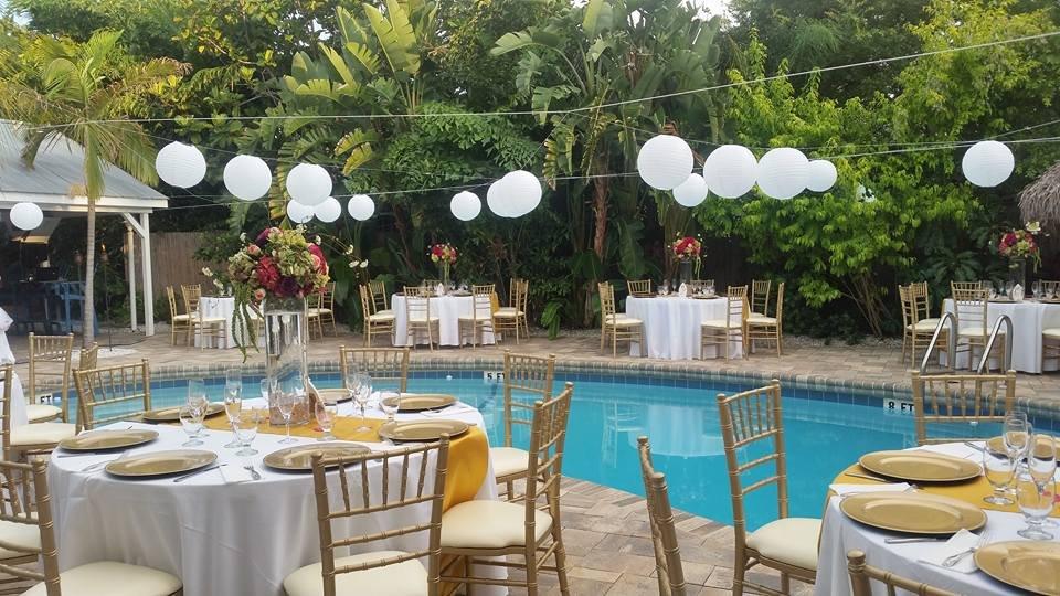 Coconut Grove Resort Weddings In Clearwater Simple Weddings